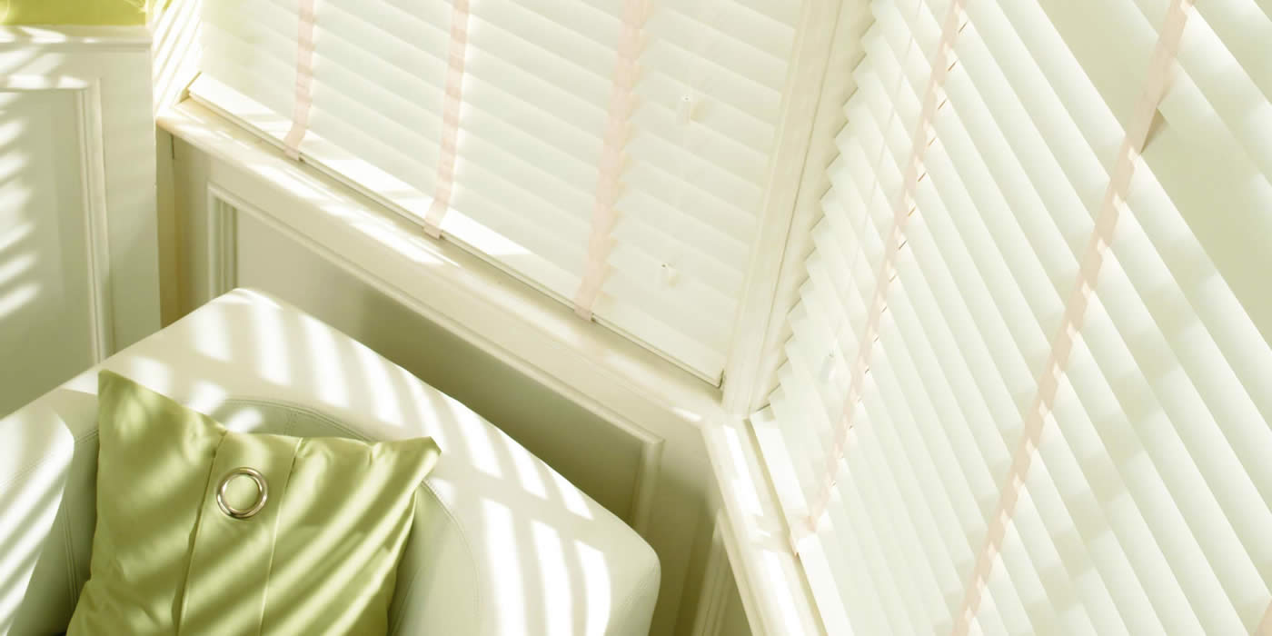 wooden blinds -alderwhite-LARGE